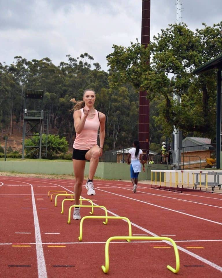 laura mueller training mini hurdles