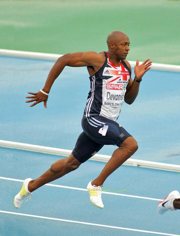Marlon Devonish sprinting 200m