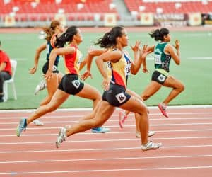 Girls sprinting with good technique