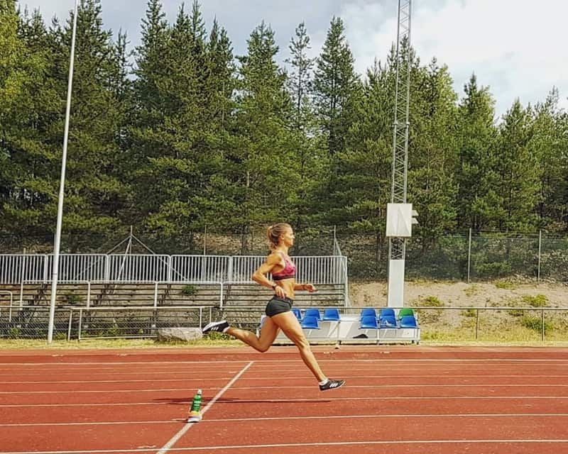 Elin Westerlund sprinting at the track